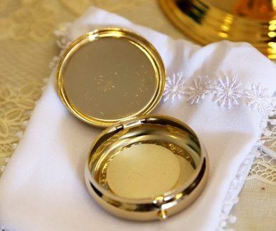 eucharist 706654_640